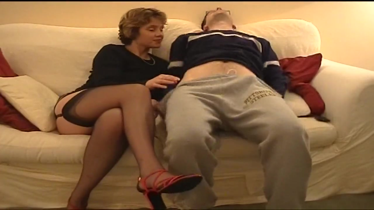 Homemade British Anal Wife